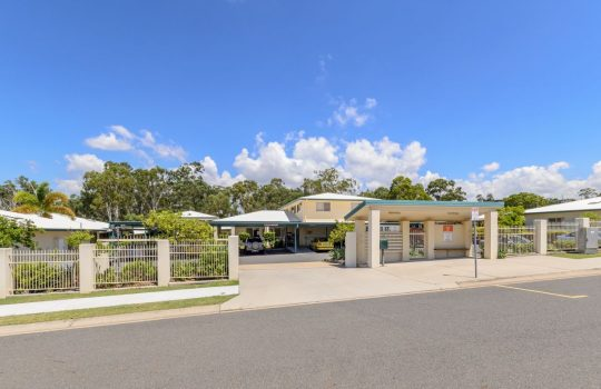 Eureka Care Communities, Gladstone